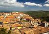 Un alt oraş din Europa scoate la vânzare case abandonate la preţ de un euro