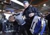 Clima: Proteste ale militanţilor Extinction Rebellion la salonul auto de la Bruxelles; Peste 100 de arestări