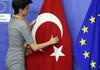 Uniunea Europeană a tăiat dramatic din fondurile dedicate asistenţei de preaderare pentru Turcia