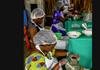 Studiu | 22 dintre cei mai bogaţi bărbaţi ai planetei au mai mulţi bani decât toate femeile din Africa