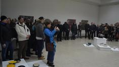 """Doi artiști plastici și-ai expus lucrările la Centrul """"C. Brâncuși"""""""