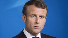 Mai mulți manifestanți au încercat să pătrundă cu forța într-un teatru unde se afla președintele Franței