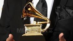 Românul câştigător la Grammy cu Orchestra Simfonică din Philadelphia şi violonista Nicola Benedetti