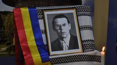 Cernăuți | Spovedanii în fața chipului luminos al legendarului profesor de română