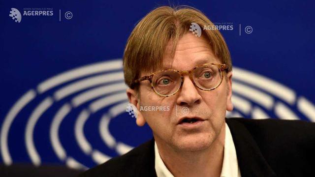 Verhofstadt: Europenii care nu-şi legalizează statutul în Regatul Unit până la data limită nu vor fi expulzaţi automat