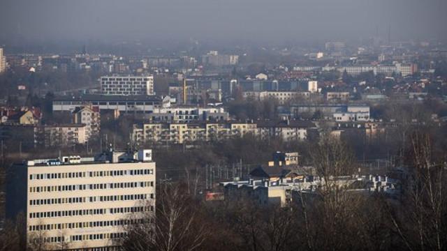 Alertă în sudul Europei din cauza poluării. Smogul a dus, în unele țări, la proteste şi la interzicerea maşinilor diesel