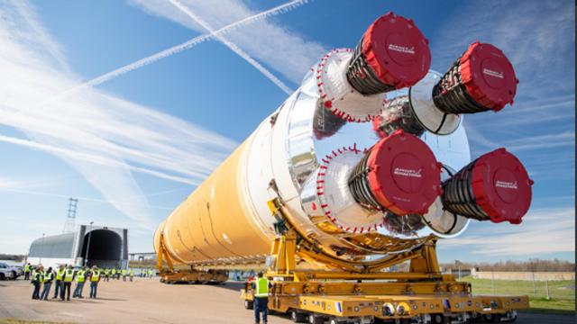 """VIDEO   NASA testează o nouă """"mega-rachetă"""" spaţială spre Lună pentru un eveniment istoric"""