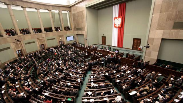 """Parlamentul Poloniei a condamnat comentariile """"provocatoare"""" ale Rusiei privind Al Doilea Război Mondial"""