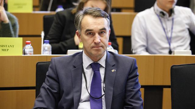 Eurodeputat: R.Moldova ar trebui să fie condusă de altfel de lideri, nu doar de unii care să vorbească despre neutralitate. Nimeni nu va lua neutralitatea Moldovei (Revista presei)