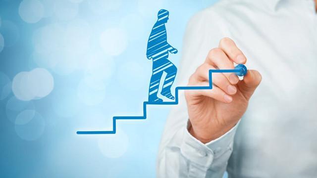 Peste o mie de funcționari vor urma cursuri de dezvoltare profesională