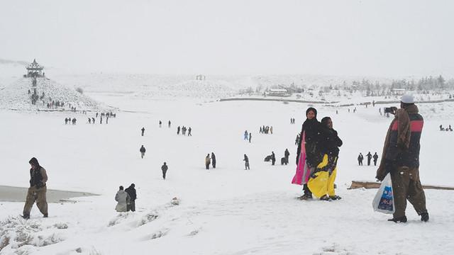 Peste 80 de morţi, în urma ninsorilor abundente, în Pakistan