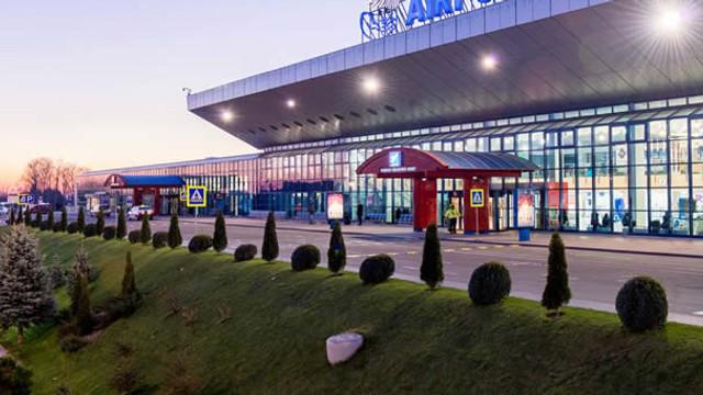 Examinarea cererii depuse în instanță de fostul Guvern, privind anularea contractului de concesionare a Aeroportului Internațional Chișinău, se amână