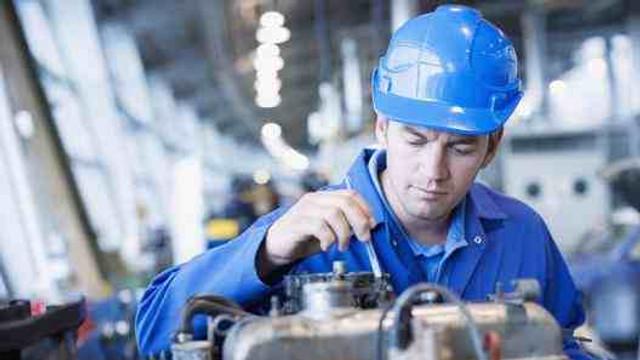 Producția industrială a crescut cu 2,5% în primele unsprezece luni ale anului precedent