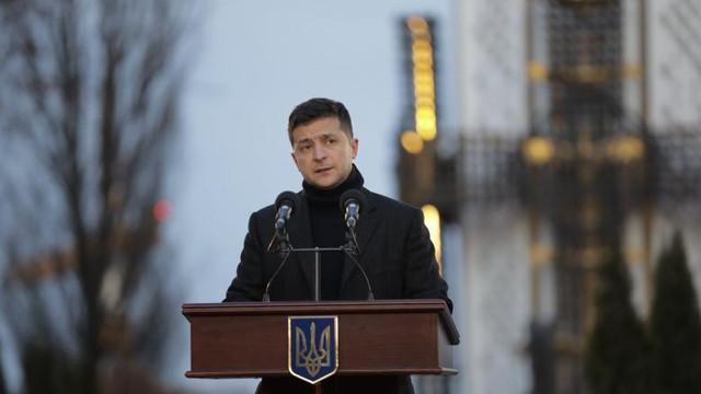 Prima reacție a Ucrainei după prăbușirea avionului din Iran. Zelenski confirmă moartea pasagerilor și echipajului