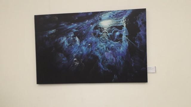 Peste 90 de lucrări de pictură, grafică, tapiserie și sculptură semnate de artiști autohtoni au fost prezentate în cadrul unei expoziții-concurs de artă
