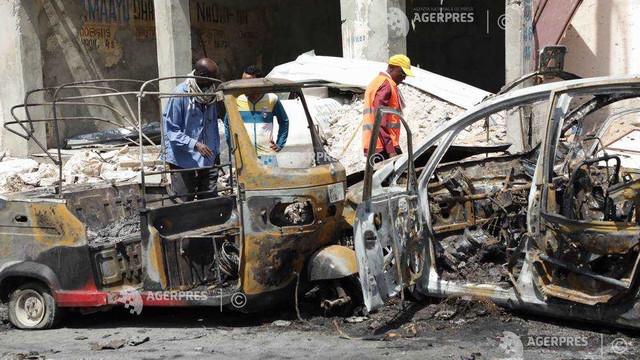 Atentat cu vehicul-capcană vizând cetăţeni turci, comis în Somalia de gruparea islamistă al-Shabaab