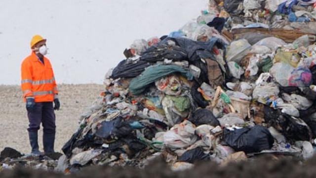 Premierul cere crearea unei instituții publice naționale responsabile de colectarea și procesarea deșeurilor