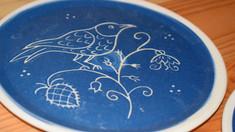 Ceramica albastră de Saschiz, în colecţia pe care casa de parfumuri Fragonard o va dedica României în 2021