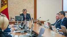Modificarea Regulamentului Parlamentului a fost avizată de Guvern