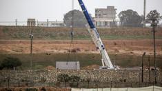 FOTO: Autorităţile din Egipt au început construirea unui zid la frontiera cu Fâşia Gaza