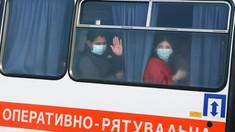 Revoltă violentă în Ucraina împotriva evacuaţilor din Wuhan. Ministrul Sănătăţii va intra în carantină în semn de solidaritate