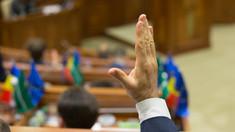 Fluierături și replici acide în parlament la examinarea unui proiect de hotărâre