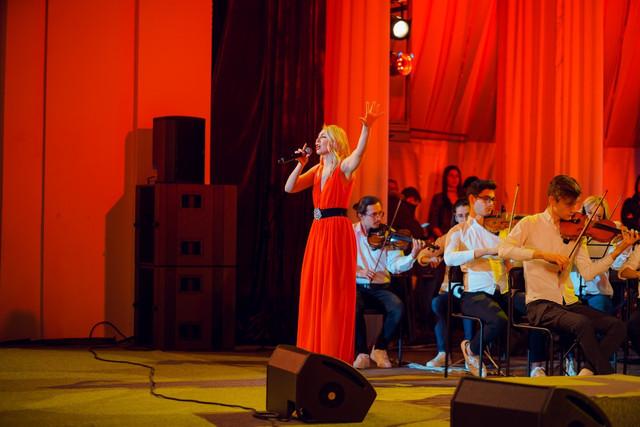 FOTO | 135 de muzicieni de pe ambele maluri ale Nistrului au cântat într-un concert comun, organizat cu susținerea UE