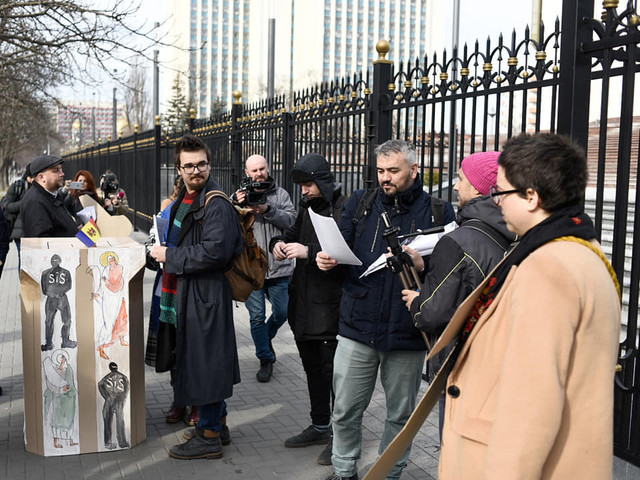 VIDEO/FOTO | Activiştii Occupy Guguţă