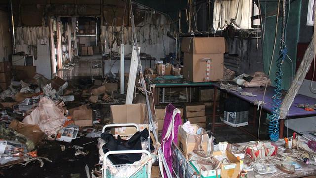 FOTO | Un incendiu la o fabrică de croitorie diin Bălţi a distrus utilaje și alte bunuri materiale
