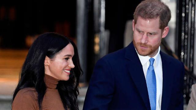 Harry și soția sa, Meghan, nu vor mai folosi denumirea de ''Sussex Royal''