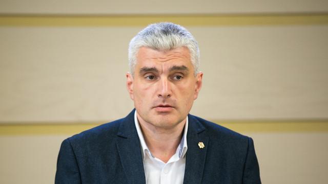 Alexandru Slusari   Moțiunea simplă împotriva lui Aureliu Ciocoi a fost blocată în cadrul ședinței Biroului Permanent de socialiști și doi deputați PD