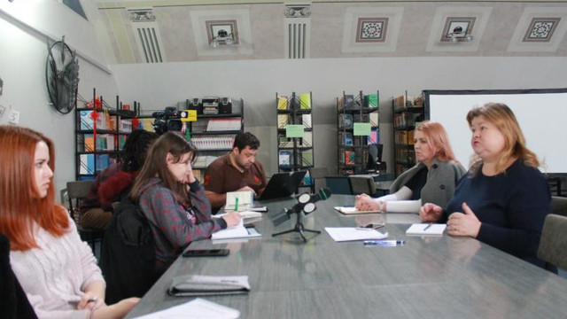 Club de presă // Cum rezolvă jurnaliștii dilemele editoriale în relatările despre tragedii, copii, victimele violenței (anticorupție.md)