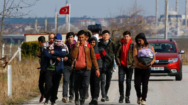 Turcia a dat drumul la refugiați, așteptând ca UE să exercite presiuni asupra Siriei și Rusiei