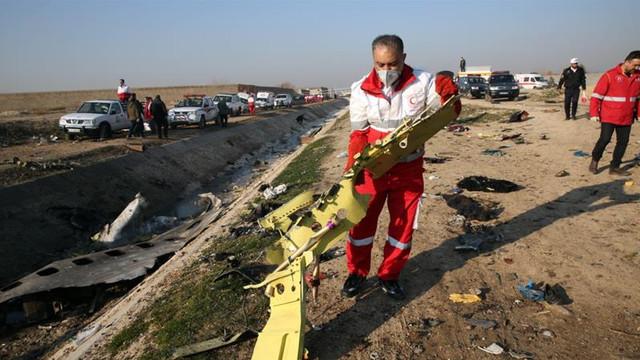 Zelenski este nemulțumit de valoarea compensațiilor pe care le-a oferit Iranul familiilor ucrainenilor uciși în avion, luna trecută