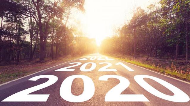 ANALIZĂ | Când vom zbura cu mașinile . FOTO: Cum va arăta transportul peste 20 de ani