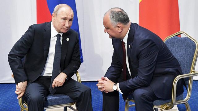 EXPERȚI, despre declarațiile lui Igor Dodon: Pericolul imixtiunii externe la alegeri vine doar dinspre Moscova