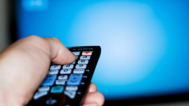 Beneficiarii de ajutor social pot depune cereri pentru convertoare TV