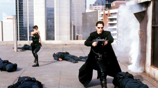 """VIDEO   O cascadorie spectaculoasă pe platourile de filmare pentru """"Matrix 4"""