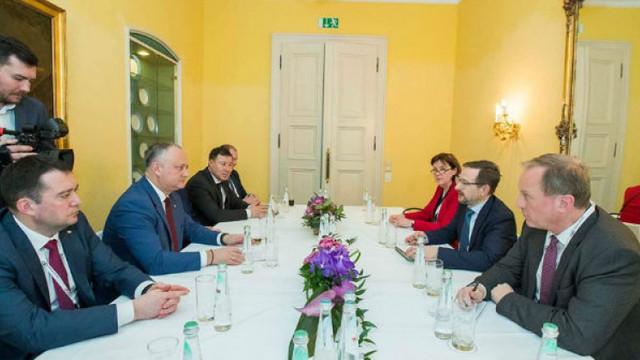 """Igor Dodon a pledat pentru continuarea """"politicii pașilor mici""""  la Conferința Internațională pentru Securitate de la München"""