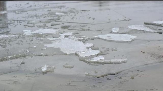Al doilea caz pe lacul de la Porțile Orașului - O adolescentă a fost salvată de la înec