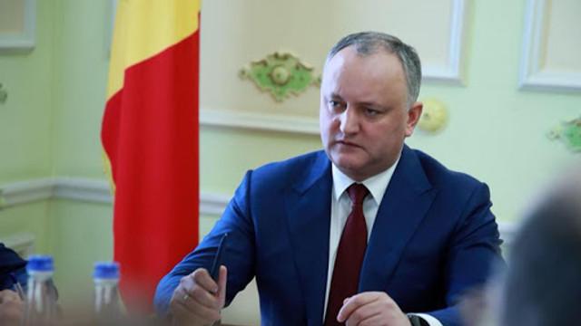 Igor Dodon promite că  după prezidenţiale va propune modificarea Constituţiei pentru a nu admite un referendum de Unire cu România