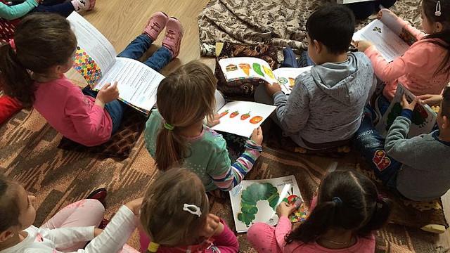 60 de copii de la Cahul vor primi cărți din România pentru lecturi împreună cu familia