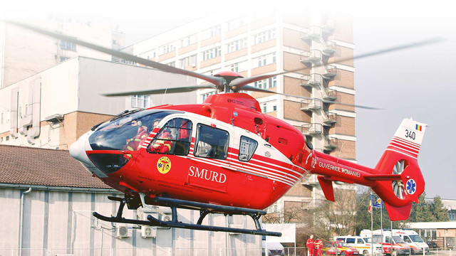 Moldovean transportat la spital cu elicopterul în urma unui accident produs în România