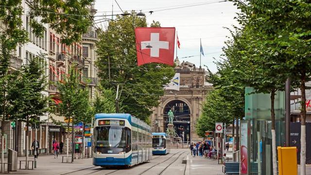 Neutralitatea Elveției, pusă sub semnul întrebării după scandalul de spionaj în favoarea CIA