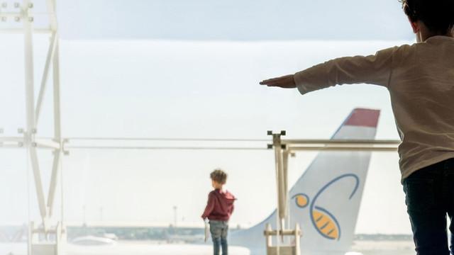 Operatorul aerian HiSky, care și-a anunțat astăzi lansarea activității, nu a primit certificat de la AAC