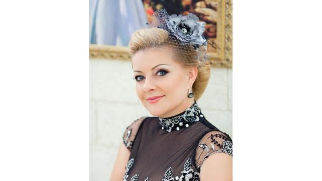 Cântăreața Maria Iliuț îşi sărbătorește ziua de naștere