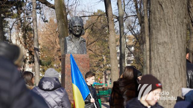 FOTO | Evenimente dedicate poetului Grigore Vieru, organizate la Chișinău