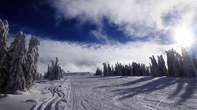 Locurile unde se mai poate schia în această săptămână. Starea pârtiilor în principalele stațiuni din România