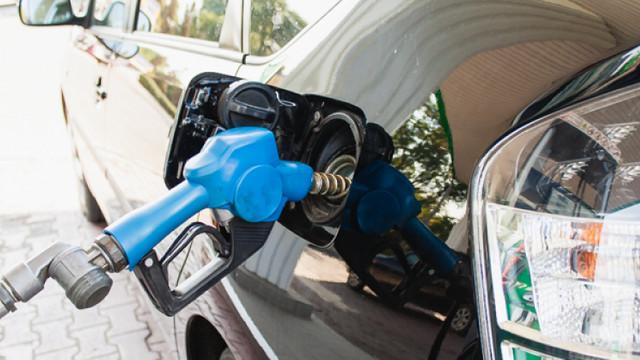 Produsele petroliere se ieftinesc ușor