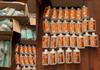 VIDEO |  Comercializare ilegală a dezinfectanților, mănușilor și a măștilor medicinale depistată de polițiști